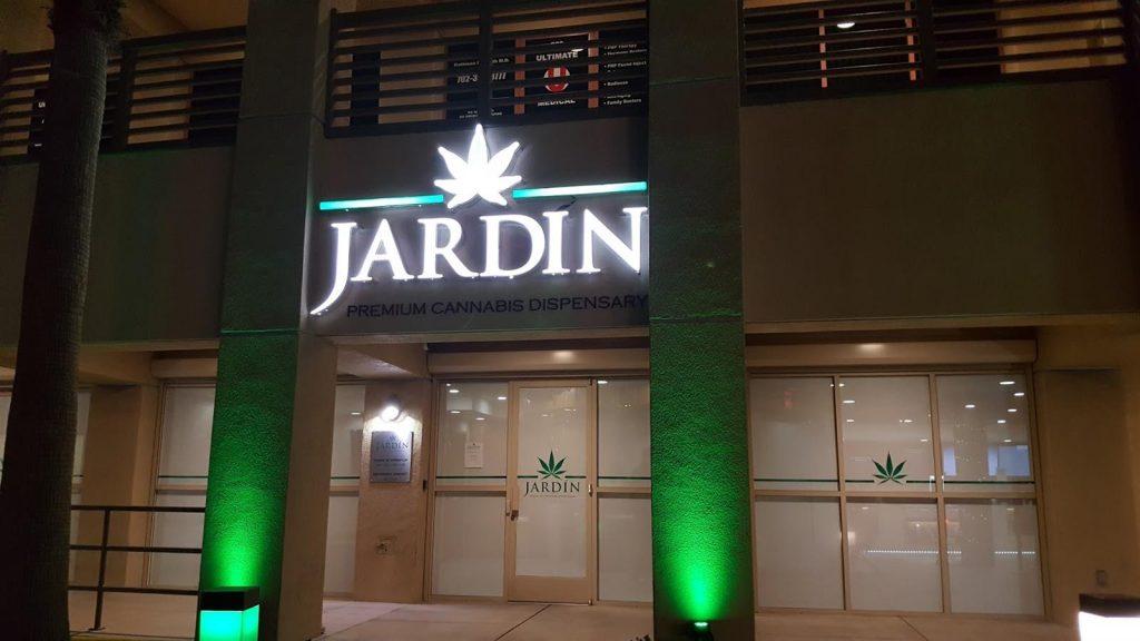 Jardin Premium Cannabis Dispensary (9)